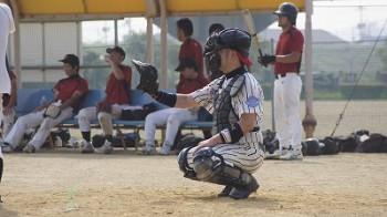 総社&中洲センター長吉田さんは一塁手・捕手で活躍!