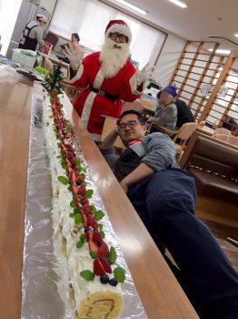 茶屋町_ケーキとサンタと僕